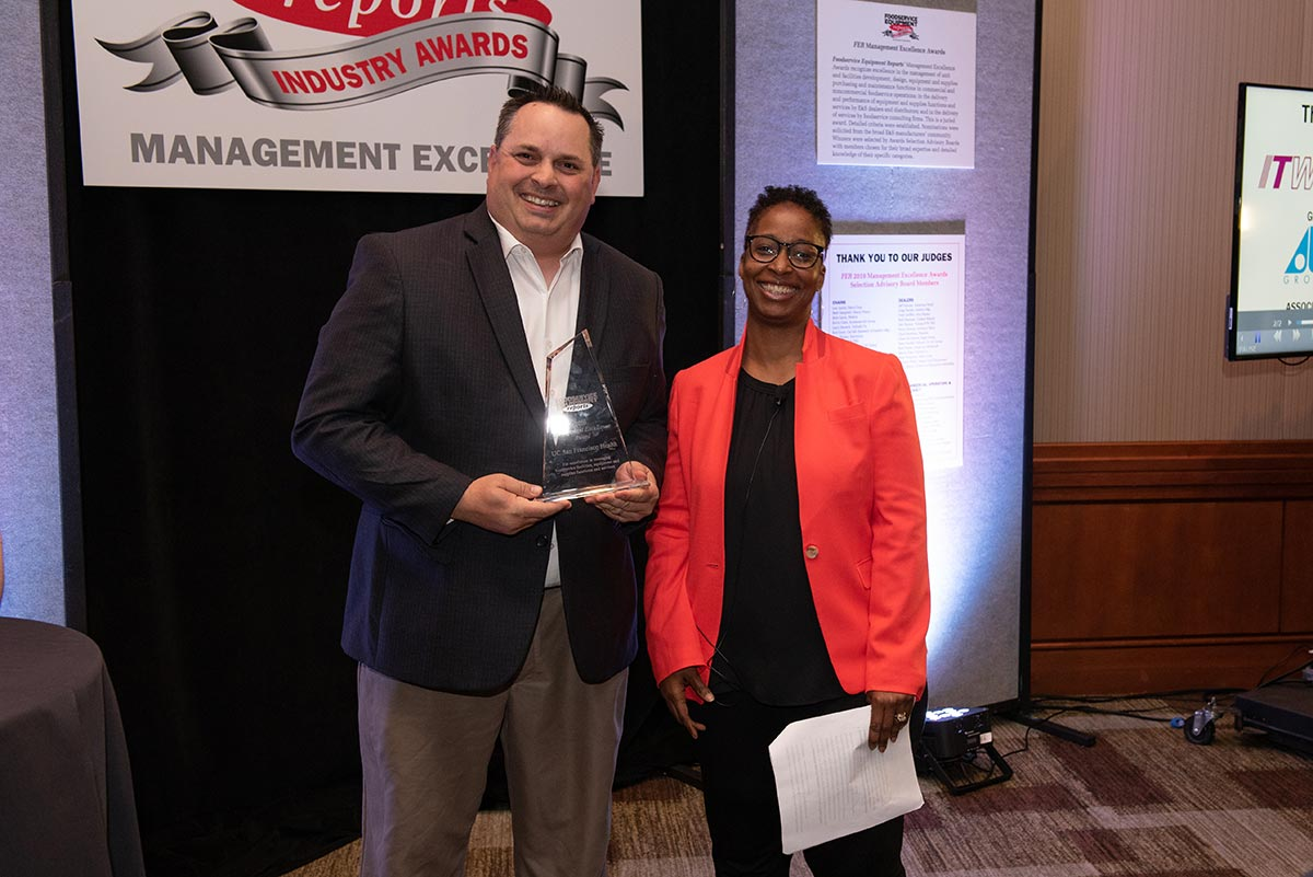 Dan Henroid, UC San Francisco Health (Management Excellence Winner); Kelly Killian, Foodservice Equipment Reports.