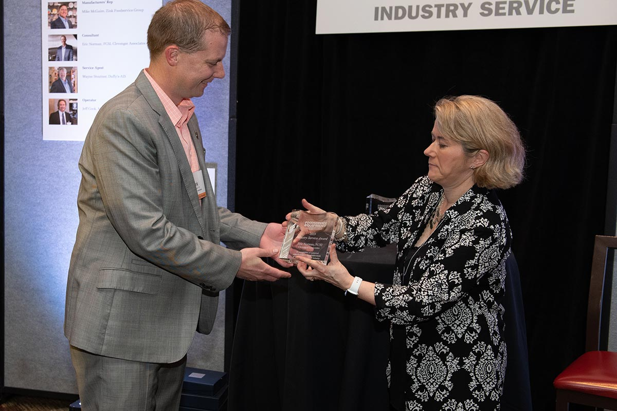 Eric Norman, FCSI, Clevenger Associates (Industry Service Winner); Jan Ashton, Foodservice Equipment Reports.