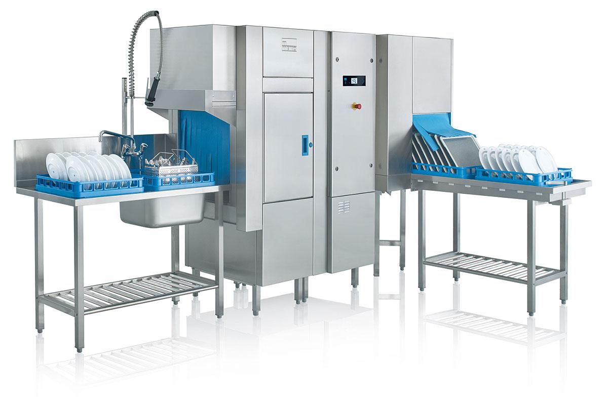 MEIKO rack-conveyor warewasher with touchscreen display