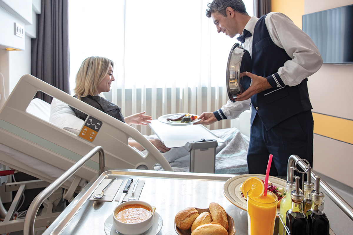 7 Tips for Buying Room Service Carts