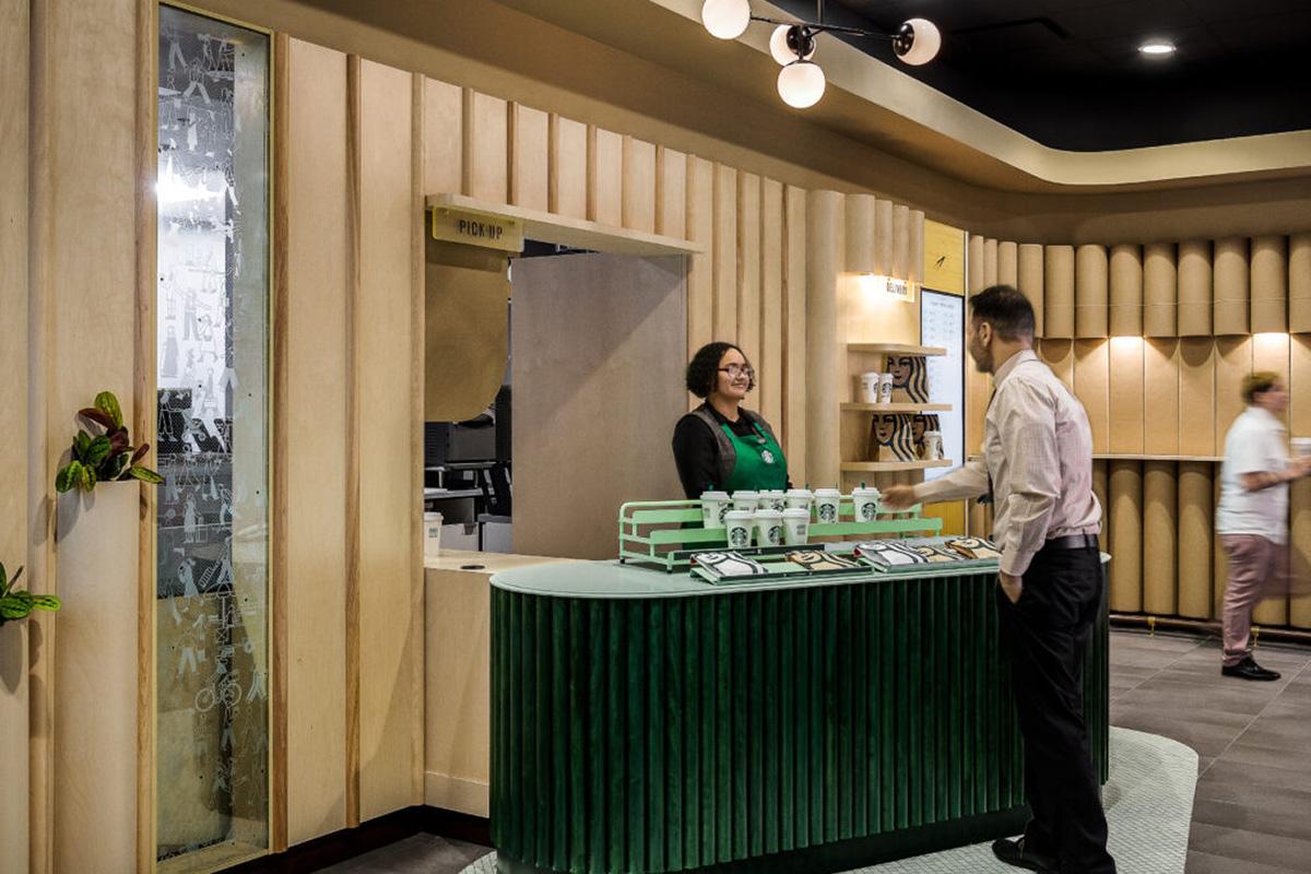 Starbucks Pick Up Store
