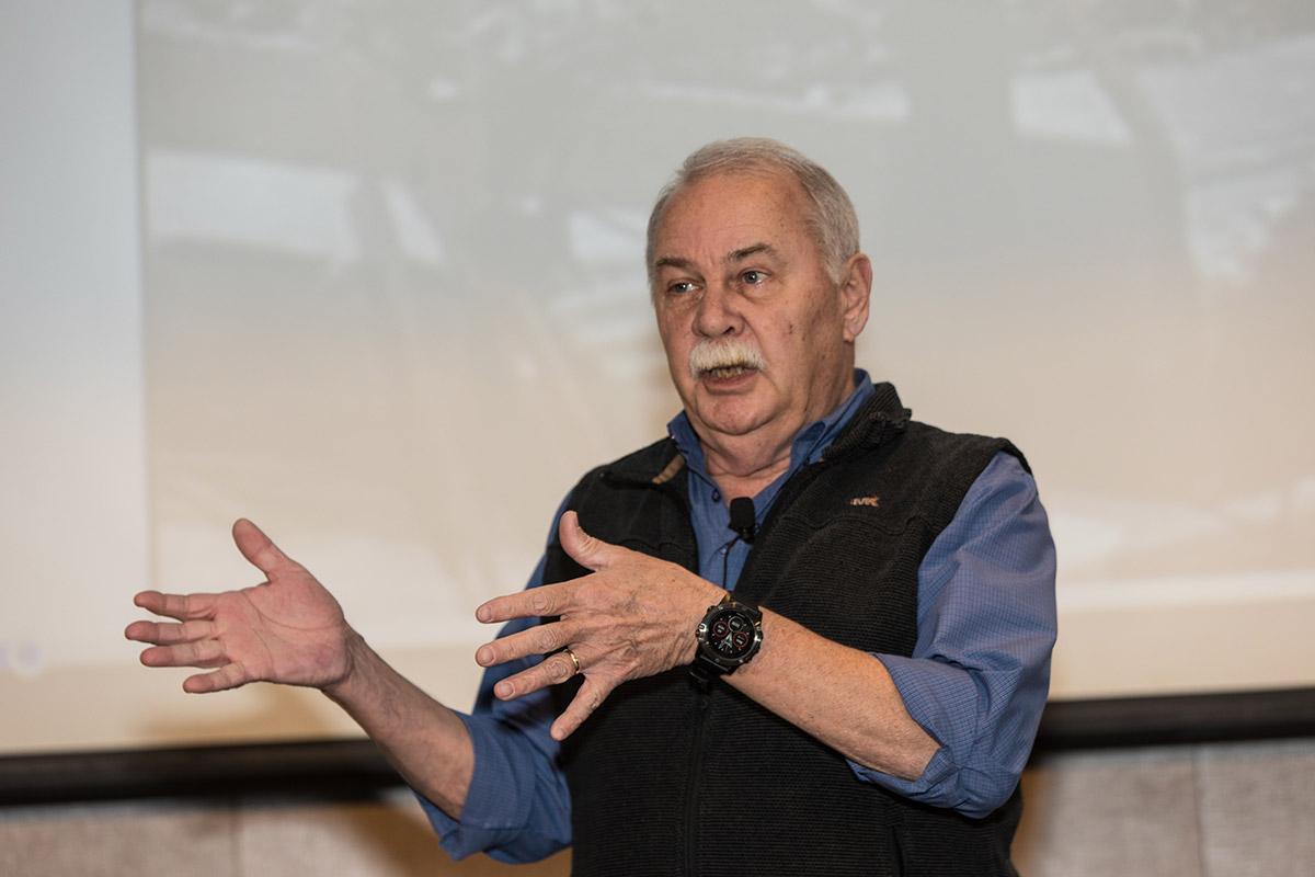Larry Sigler Waffle House MUFES 2020
