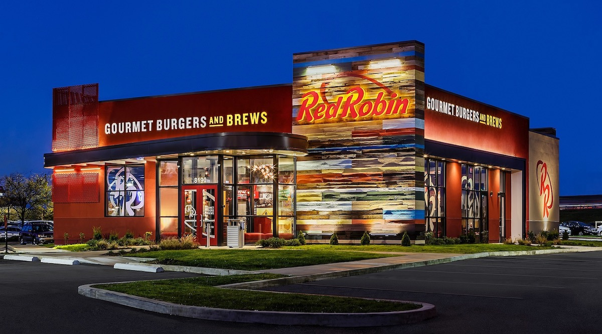 Red Robin Burgers and Brews Exterior Restaurant Chain