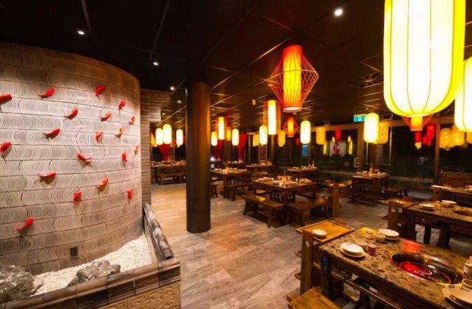 inside chinese hot pot restaurant
