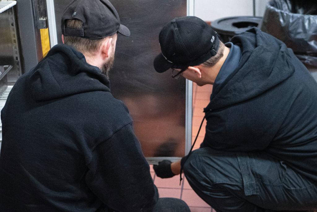 How-to-Fix-A-Door-Gasket
