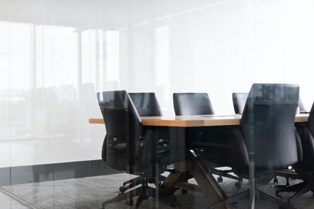 Board_Room_Stock_Image_Drew_Beamer_Unsplash